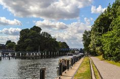 Towards Teddington Lock