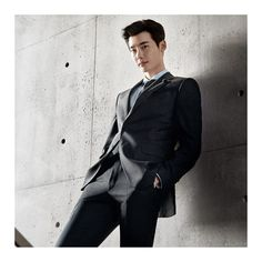 10 sexy photos of Lee Jong Suk slaying in a suit to get you through hump day