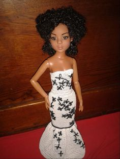 Barbie, Strapless Dress Formal, Formal Dresses, Bustier, Baby Dolls, Doll Clothes, Creations, Gowns, Doll Stuff