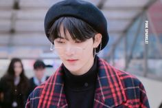 Find images and videos about the boyz, hwall and hyunjoon on We Heart It - the app to get lost in what you love. Kpop Boy, Love S, Beret, Kpop Groups, K Idols, My Boyfriend, My Boys, Find Image, We Heart It