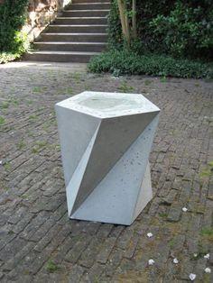 Tensegridade Beton und Möbel / / Informação / folgt Texto / /  Informação / Texto segue cofra...
