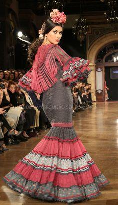 Flamenco Party, Flamenco Costume, Flamenco Dancers, Flamenco Dresses, Abaya Fashion, Fashion Dresses, Fancy Dress, Dress Up, Spanish Fashion