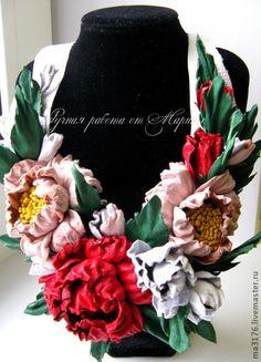 """Кожаные цветы.Цветы из кожи.Украшения из кожи.Кожаное колье""""Розы"""" - красный цвет"""