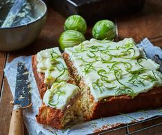 Feijoas pair so well with the coconut and lime in this easy cake, making a delightfully zingy and zesty treat. Chocolate Caramel Cheesecake, Chocolate Recipes, Coconut Lime Cake, Fruit Recipes, Guava Recipes, Cake Recipes, Recipies, Cold Cake, Baked Fish