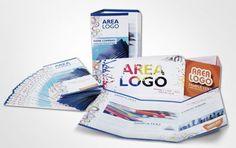 Stampa di brochure per la presentazione della vostra azienda e dei vostri prodotti.   A disposizione una vasta scelta di formati a seconda delle esigenze, con la possibilità della piega a 2 o 3 ante, prodotto molto resistente grazie alla stampa su cartoncino spesso.