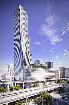 Miami Tower, Brickell Avenue, Downtown Miami, Florida, USA