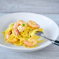 Spaghetti carbonara with shrimp | 4Pure  #recipe #foodblog #4pure http://www.4pure.nl/