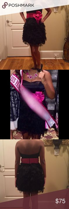Tony Bowls Black and Pink Strapless Cocktail Dress Stunning basically brand new cocktail/prom/formal Dress! The dress has a black satin sweetheart scoop top and a black chiffon bottom! Super fluffy bottom and is complimented by a satin pink flower! Worn in a pageant but would also be gorgeous for a formal dance or event!! Tony Bowls Dresses Prom