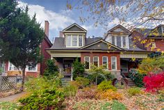 House of the week: 184 Pearson Avenue Cottage Homes, Cottages, Craftsman, Toronto, Mid-century Modern, Places To Visit, Entryway, Mid Century, Real Estate
