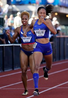 Allyson Felix runs to victory ahead of Natasha Hastings in the Women's 400 Meters Final during the 2016 U. Olympic Track & Field Team Trials at Hayward Field on July 2016 in Eugene, Oregon. Allyson Felix, American Athletes, Female Athletes, Women Athletes, Olympic Track And Field, Track Field, Body Inspiration, Fitness Inspiration, Serena Williams