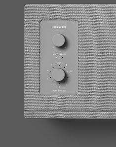 Wireless Speakers / Urban Ears / Minimal Cube Fabric Tone-in-tone Retro UI Physical Buttons Tactile Dial