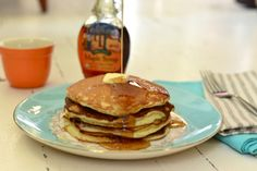 Recipe File: Sour Cream Pancakes | theglitterguide.com