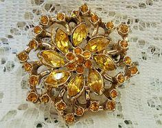 Vintage Costume Brooch / Pin, Oranges & Lemons, Glass rhinestone flower design, set in gold tone
