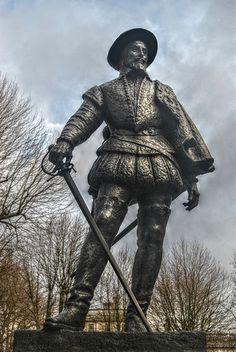 'Sir Walter Raleigh' Statue Greenwich London