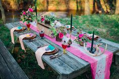 Tablescape casamento Bohemian | Paula Bartosiewicz Fotografia | ver mais em: http://burnettsboards.com/2014/05/bohemian-gemstone-shoot-diy-elements/ #bohemian #wedding #reception