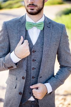 1001 ideen thema grauer anzug welches hemd passt dazu brauner blazer hipster b rte und. Black Bedroom Furniture Sets. Home Design Ideas