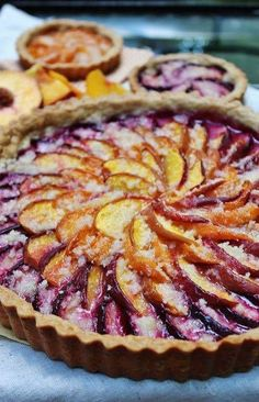 Layered fruit tart - Simplest Stone Fruit Tart- so beautiful- would make anyone pleased to have a fruity dessert! Plum Recipes, Tart Recipes, Fruit Recipes, Sweet Recipes, Baking Recipes, Dessert Recipes, Sweet Pie, Sweet Tarts, Plum Tart
