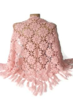 Artículos similares a Gifts For Her Crochet shawl Pink shawl Women Accessories Weddind Shawl Wrap Hand Crocheted Floral Lace Shawl Mom Gifts Gift For Mom en Etsy Poncho Crochet, Pull Crochet, Bonnet Crochet, Crochet Shawls And Wraps, Hand Crochet, Crochet Lace, Crochet Doilies, Crochet Pattern, Pink Shawl