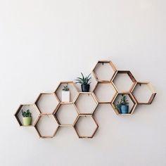 Afbeeldingsresultaat voor geometric shelf display