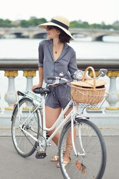 Gabina hat straw hat sunbonnet The Nereids earrings Lovers in Paris Hello it's Valentine Pont Alexandre 3