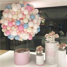 So much prettiness We absolutely loved creating this concept for a precious girl - Mia's 1st birthday. This beautiful hot air balloon became a photo booth for the kids :) - Planning/styling concept @dianekhouryweddingsandevents | balloons @partysplendour | balloon structure and plinths @partyatmosphere | flowers @crazyaboutflowers | #dkevents #partyplanner #hotairballoon #kidsparty #miaturnsone #pretty #dianekhouryweddingsandevents #luxuryevents #weddedwonderland
