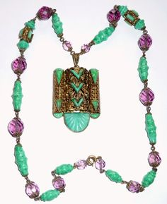 Czech pendant necklace with peking glass and mauve glass. Photograph by Gillian Horsup.