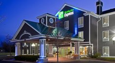 Holiday Inn Express Grand Rapids Southwest Grandville This Grandville, Michigan hotel is minutes from Grand Rapids city centre and the Rivertown Crossings Mall. The hotel offers a hot daily breakfast and guest rooms with free Wi-Fi.  All rooms provide refrigerators, microwaves and flat-screen TVs.