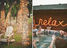 Que vous ayez une vaste cour ou un charmant petit balcon, les guirlandes lumineuses sont parfaites pour rendre votre espace plus cozy et accueillant. Voici 10 guirlandes et décorations lumineuses pour un patio de rêve!