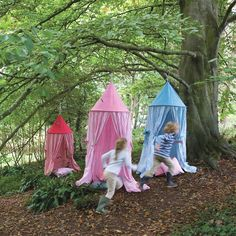 Our bright gingham and multi-stripe Hanging Tents are great to fix to a tree, a beam or a ceiling hook to create the perfect den with the minimum of fuss! - See more at: http://www.theoldpavilion.co.uk/for-garden/outdoor-kids/hanging-tent-pink.html#sthash.78goQadQ.dpuf