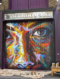 David Walker New Mural - Shoreditch, London Amazing Street Art, 3d Street Art, Street Art Graffiti, Moss Graffiti, Reverse Graffiti, David Walker, Pavement Art, Manchester Art, Urban Painting