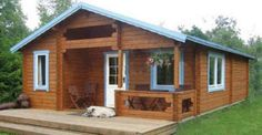 You& want to take a look at this tiny house the Tiny Guest House, Small House Living, Small House Plans, Pallet House, Cabin Homes, Tiny Homes, Cabins And Cottages, Wooden House, Little Houses