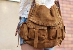 bohe bag Prada Shoes, Prada Bag, Diy Purse Patterns, What's In Your Bag, Bag Design, Window Displays, Nifty, Bohemian Style, Envy