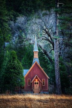 Little church in Yosemite. via Stuck in Customs