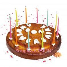 """Gâteau cuit dans le moule """"bon anniversaire"""" de SCRAPCOOKING® http://blog.scrapcooking.fr/fr/le-moule-bon-anniversaire"""