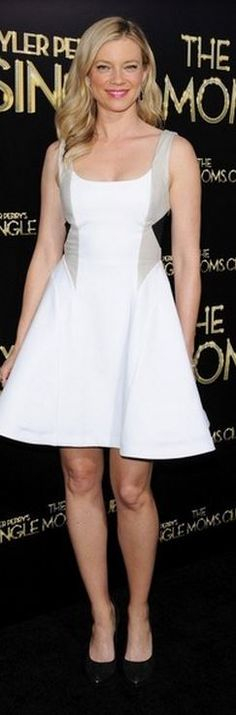 Who made Amy Smart's white flare dress that she wore in Hollywood on March 10, 2014?