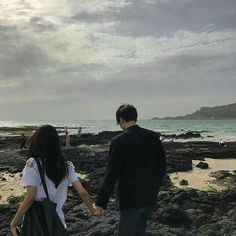 Couple Ulzzang, Ulzzang Girl, Relationship Goals Pictures, Cute Relationships, Cute Couples Goals, Couple Goals, Korean Couple, Couple Aesthetic, Couple Outfits