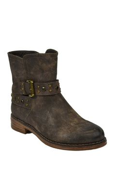 Long Branch Flat Ankle Boot