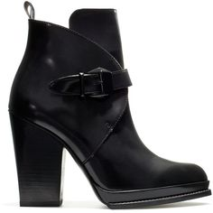 Zara Antik High-Heel Ankle Boot With Buckle. At the VERY top of my wish list! Buckle Ankle Boots, Ankle Booties, Bootie Boots, Short Heel Boots, High Heel Boots, Heeled Boots, High Heels, Zara Boots, Shoes