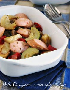 Teglia di verdure al forno con wurstel