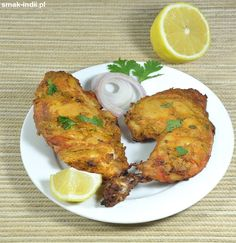 Indian tandoori chicken - yogurt and spices marinated skinless chicken meat baked in oven. (in Polish) Meat Chickens, Tandoori Chicken, Poultry, Yogurt, Oven, Spices, Baking, Ethnic Recipes, Polish Chicken