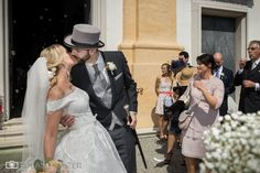 Hochzeit mit Wedding Planner Schloss Leopoldskron - Salzburg Stadt - Roland Sulzer Fotografie GmbH - Blog Blog, Night Photography, Party Sparklers, Registry Office Wedding, Photo Mural, Newlyweds, Wedding Cakes, Engagement, Blogging