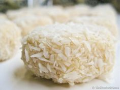 Raw Vegan Coconut Macaroons. PERFECT for the holiday table.