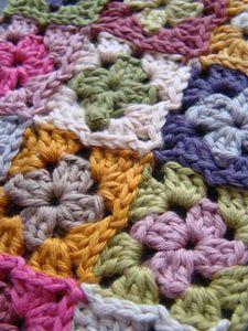 crochet...momma please teach me so I can make this:)))