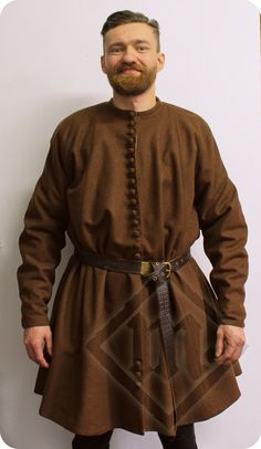 Medieval brown woolen robe based on Herjolfsnes by LadyMalinaCom