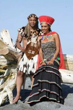 Zulu traditional wedding outfit with a slightly modern twist on that skirt and bodice. Somizi and mohales traditional wedding African Attire, African Wear, African Women, African Dress, African Fashion, African History, Zulu Traditional Wedding Dresses, African Traditional Wedding, Traditional Outfits
