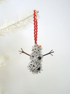 Snowman Christmas Ornament Sweet Gum by WestTwinCreationsLLC . Snowman Christmas Ornaments, Christmas Art, Christmas Decorations, Sweet Gum Tree Crafts, Teal Pumpkin Project, Pine Cone Crafts, Nature Crafts, Holiday Crafts, Snowmen