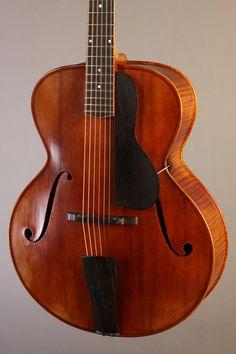 New Instruments by Alexandr Svistunof | Gruhn Guitars