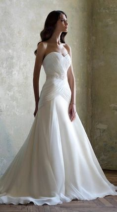 Ivory Organza Wedding dress Sleeveless Wedding Gown Strapless Bridal Lace dresses A-line Wedding dress Custom US Size 0 2 4 6 8 10 12 14 16 + Dream Wedding Dresses, Bridal Dresses, Wedding Gowns, Bridesmaid Dresses, Wedding Blog, Modest Wedding, Trendy Wedding, Wedding Bride, Wedding Ideas