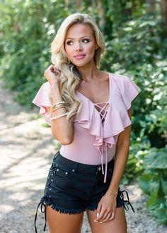 Boutique, Online Boutique, Women's Boutique, Modern Vintage Boutique,Bodysuit, Pink Bodysuit, Ruffle Bodysuit, Lace Bodysuit, Cute, Fashion