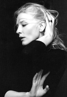 Awesome portrait of Cate Blanchett, by australian photographer Gary Heery. Cate Blanchett, Foto Portrait, Female Portrait, Portrait Photography, Photography Movies, Black And White Portraits, Black And White Photography, Celebrity Portraits, Famous Faces